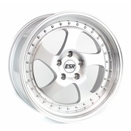 ESR Wheels SR02 - 18X10.5