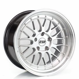 ESR Wheels SR05 - 18X10.5